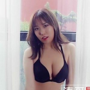 [XIUREN秀人网] 2018.12.27 VN.118 小绵绵 [1V/534M]